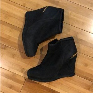Steven Suade Booties - Size 6